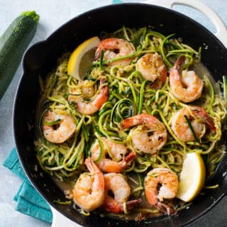 Healthy Zucchini Noodles Recipe with Shrimp that's Low Carb | @eatbetterrecipes